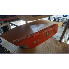 bmw z4 çıkma bagaj kapağı
